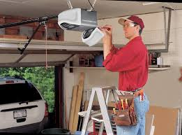 Garage door repair services in Los Angeles